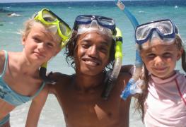 Menjangan, Bali, Snorkeling with children